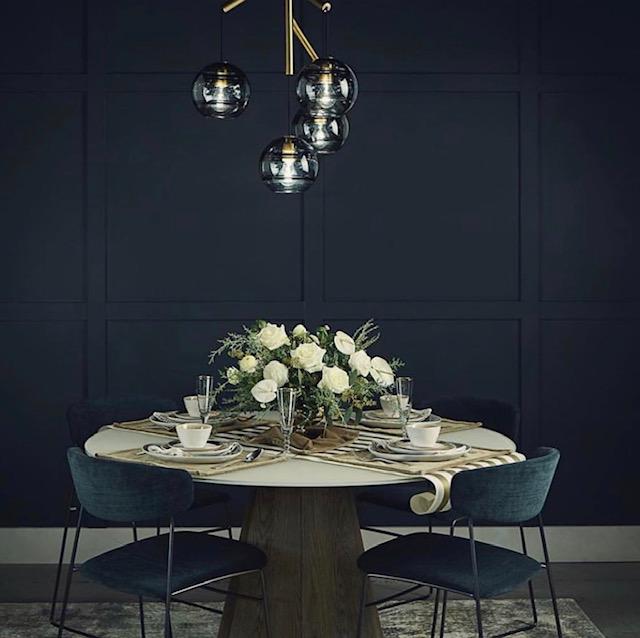 dining room, holiday decor